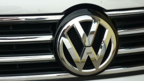 VW reviews its procurement strategy
