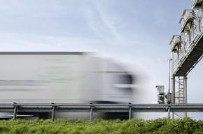 Němci chtějí omezit rychlost na dálnicích kvůli emisím