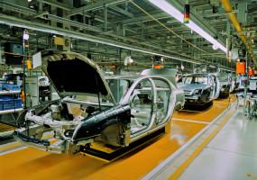 Coface: produkce autoprůmyslu poklesne až o 75 %