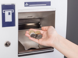 První vkladový bankomat pro bankovky i mince v ČR na pobočce v ČSOB ve Zlíně