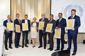 HN vyhlásily Nejlepší banku a pojišťovnu 2016