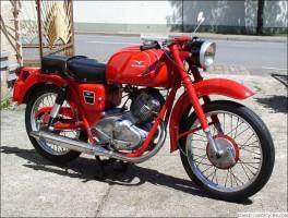 Unikátní motorky na bohnických Legendách
