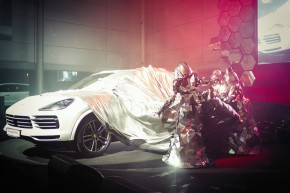 Porsche: 300 guests at Cayenne premiere