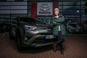 Eva Samková si převzala Toyotu RAV4
