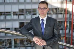 Jan Laube rozjíždí opravárenský startup