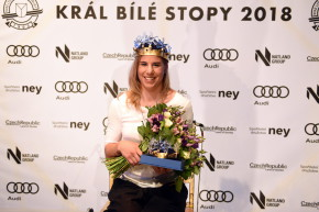 Ester Ledecká je potřetí Královnou bílé stopy
