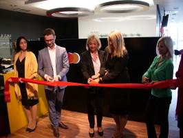 Mastercard otevřel na Slovensku kancelář a letištní salónek