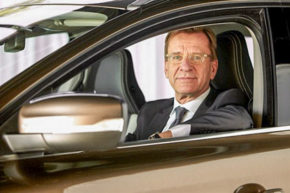 Volvo prodlužuje smlouvu se Samuelssonem