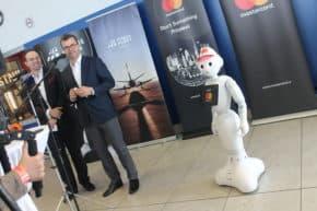 Mastercard a Letiště Praha představili nového robota