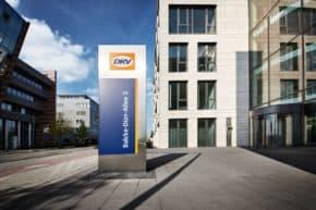 DKV přebírá 25 procent VAT Services