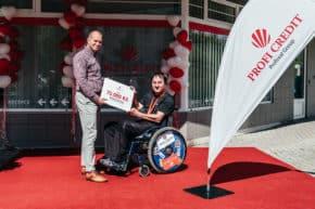 PROFI CREDIT podpořil Zvolánka v přípravě na paralympiádu