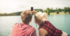 PayPal: Mladí lidé na prázdninách sdílí peníze, fotografie a… data
