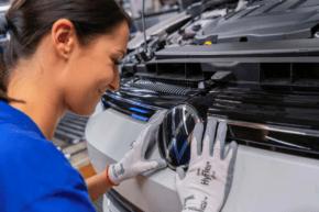 Výroba aut v Německu loni nejnižší za 23 let