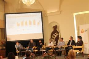 NN prezentovala průzkum Češi a riziko