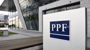 PPF se propadla do ztráty přes 10 miliard korun